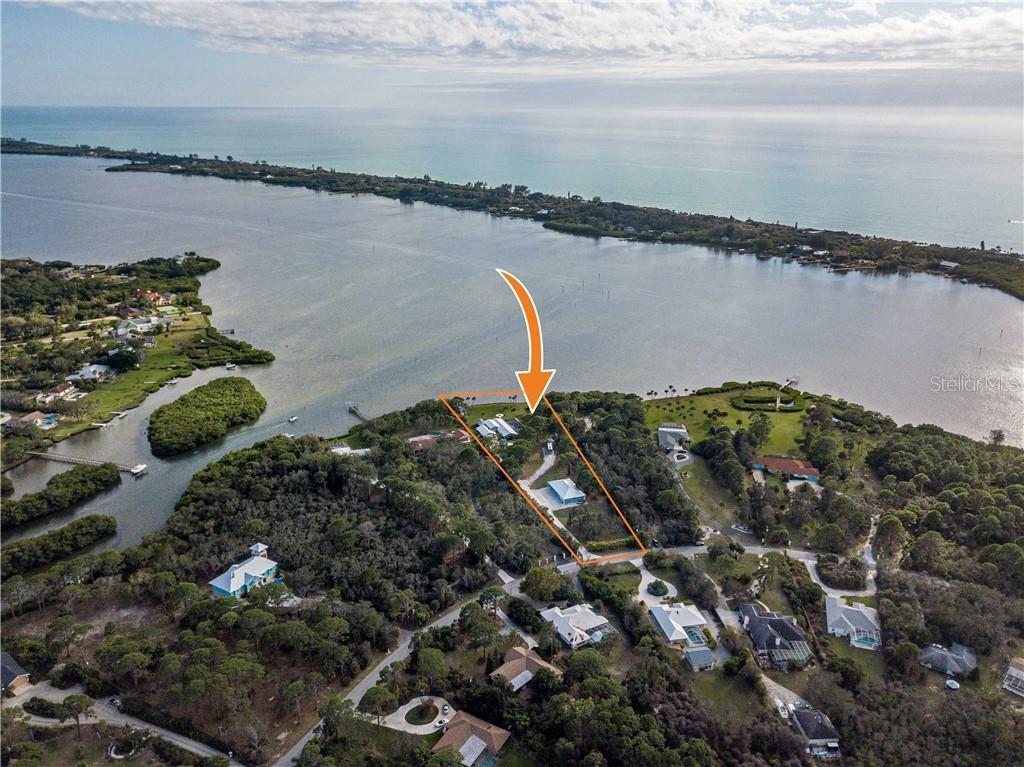 1690 Bayshore Dr Property Photo