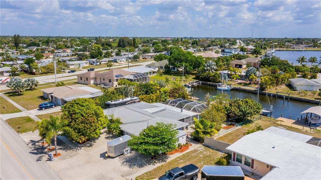 105 COUSLEY DR SE Property Photo - PORT CHARLOTTE, FL real estate listing