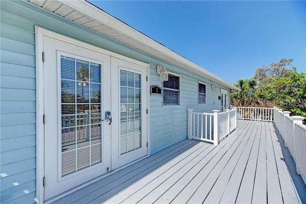 1300 Holiday Drive Property Photo