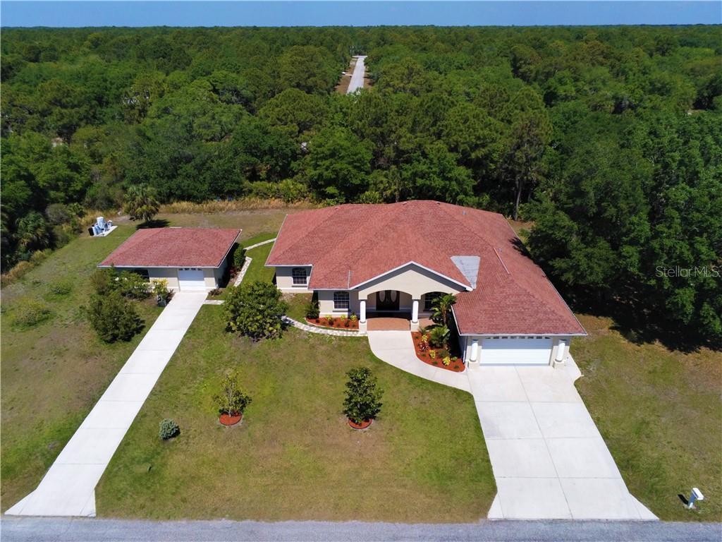 1231 BOWMAN TER Property Photo - PORT CHARLOTTE, FL real estate listing