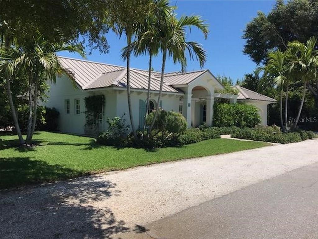710 Palm Ave Property Photo
