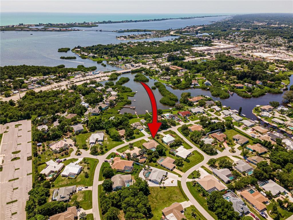 1024 Bay Harbor Dr Property Photo