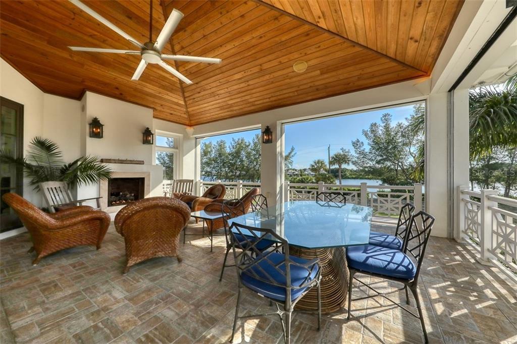 16040 Gulf Shores Drive Property Photo