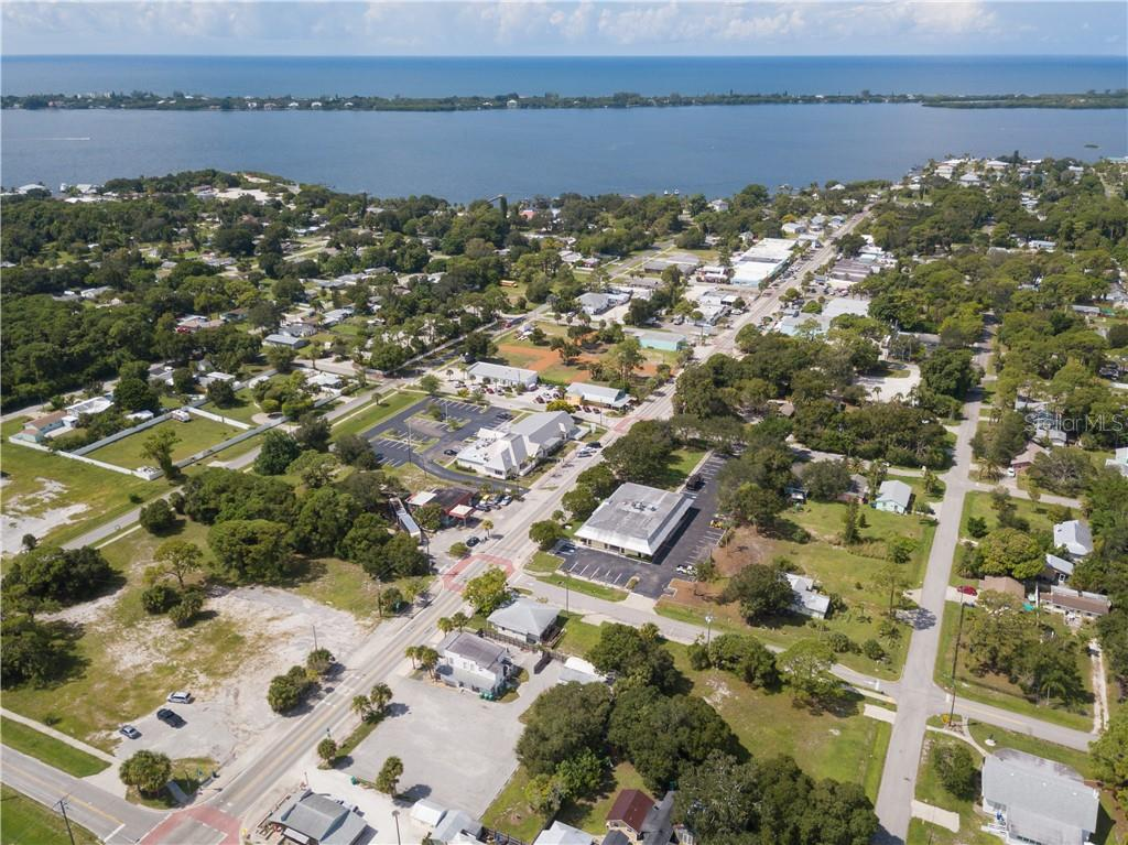 280 W DEARBORN STREET Property Photo - ENGLEWOOD, FL real estate listing