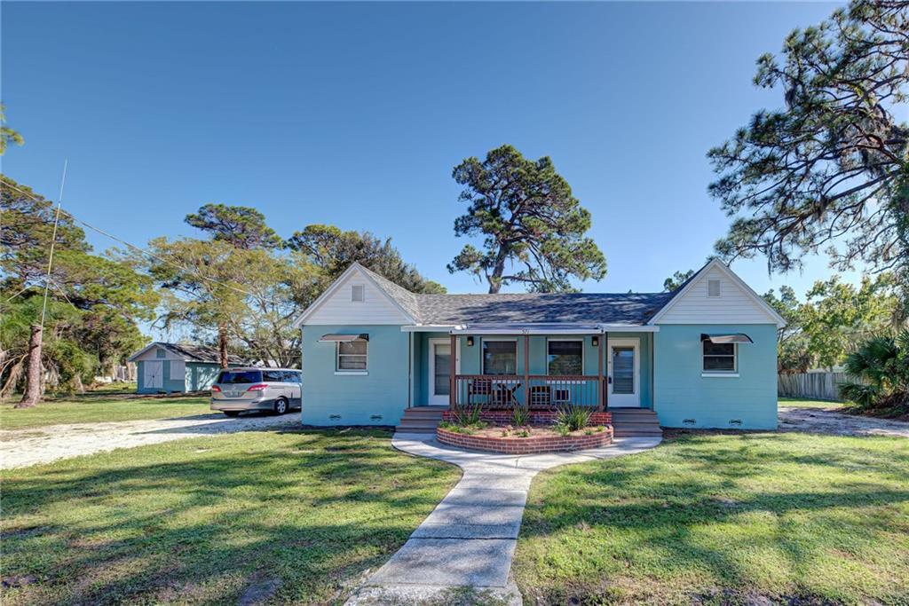 571 Olive Street Property Photo