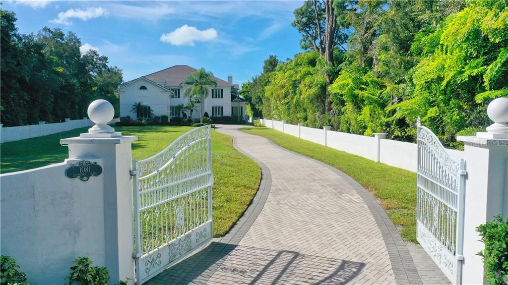 1081 Bayshore Drive Property Photo
