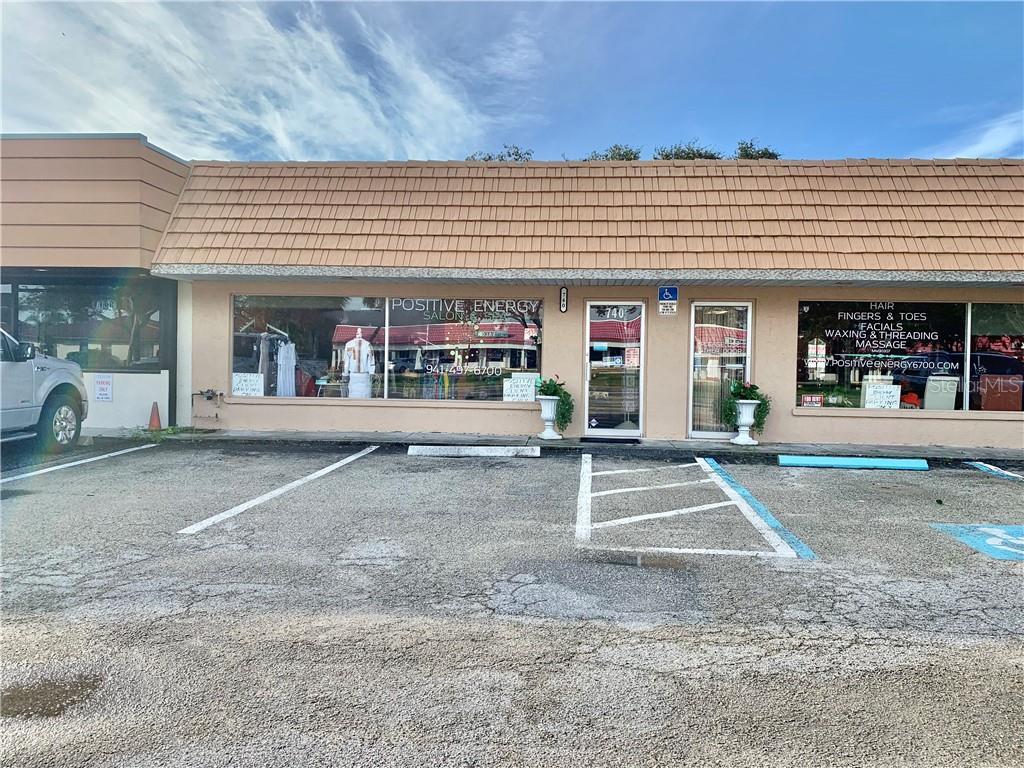 740 Shamrock Boulevard Property Photo