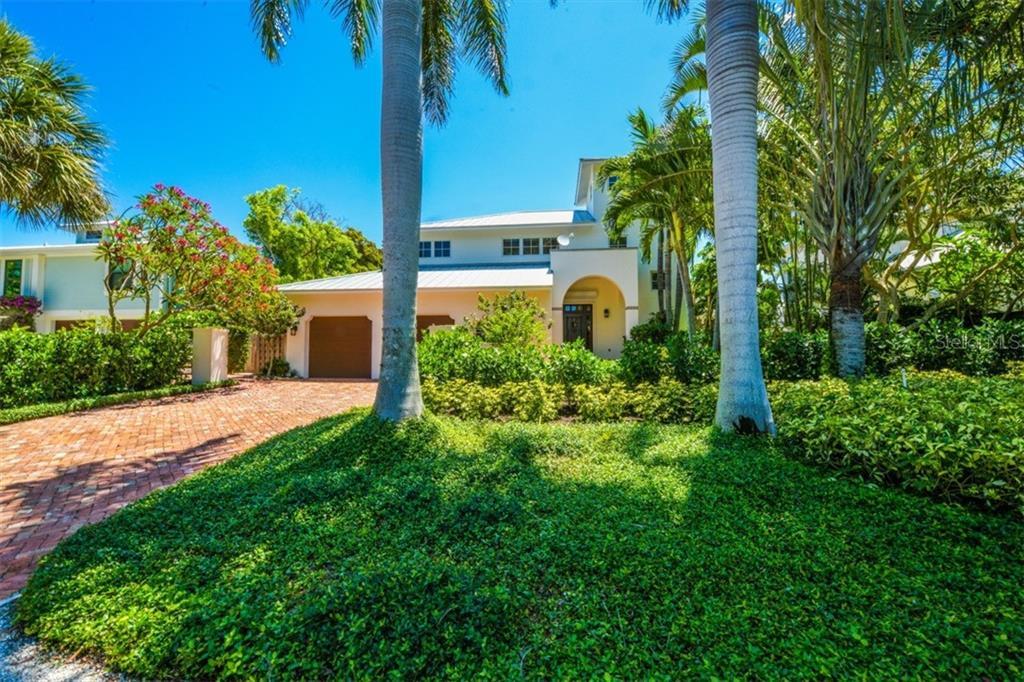 130 PALM AVENUE Property Photo - BOCA GRANDE, FL real estate listing