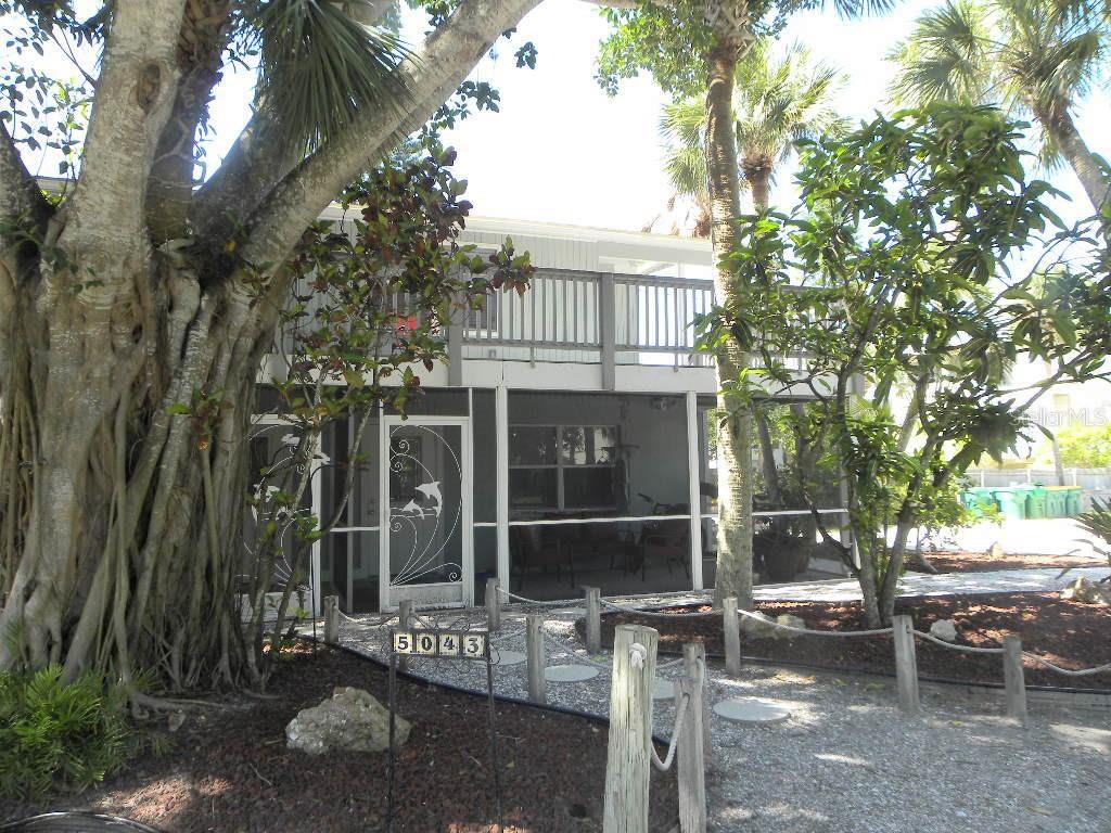 5043 N Beach Road Property Photo