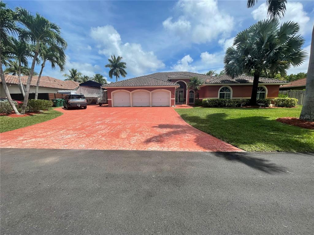 8358 Sw 182nd Terrace Property Photo