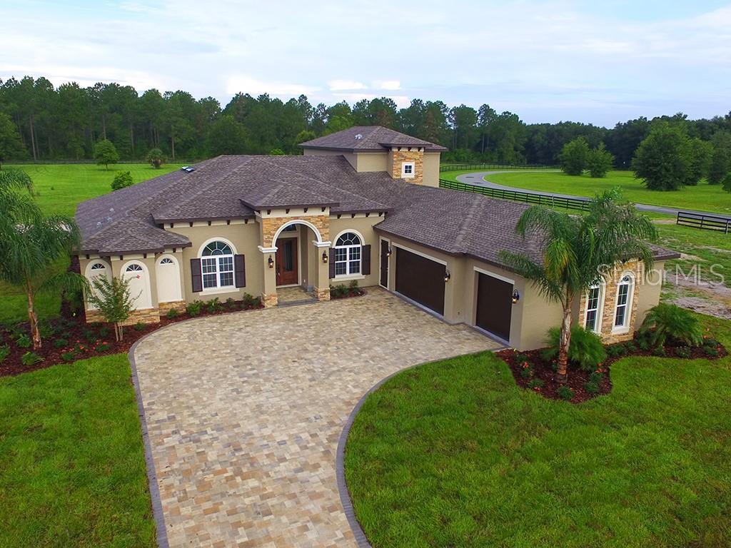 526 TWO LAKES LANE Property Photo - EUSTIS, FL real estate listing