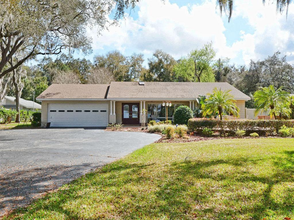 9545 SILVER LAKE DR, LEESBURG, FL 34788 - LEESBURG, FL real estate listing