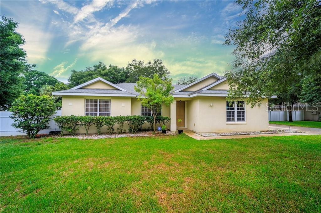 35032 SILVER OAK DRIVE Property Photo - LEESBURG, FL real estate listing