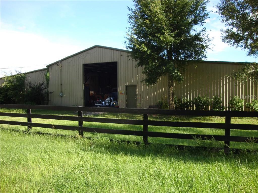 870 EDWARDS RD Property Photo - LADY LAKE, FL real estate listing