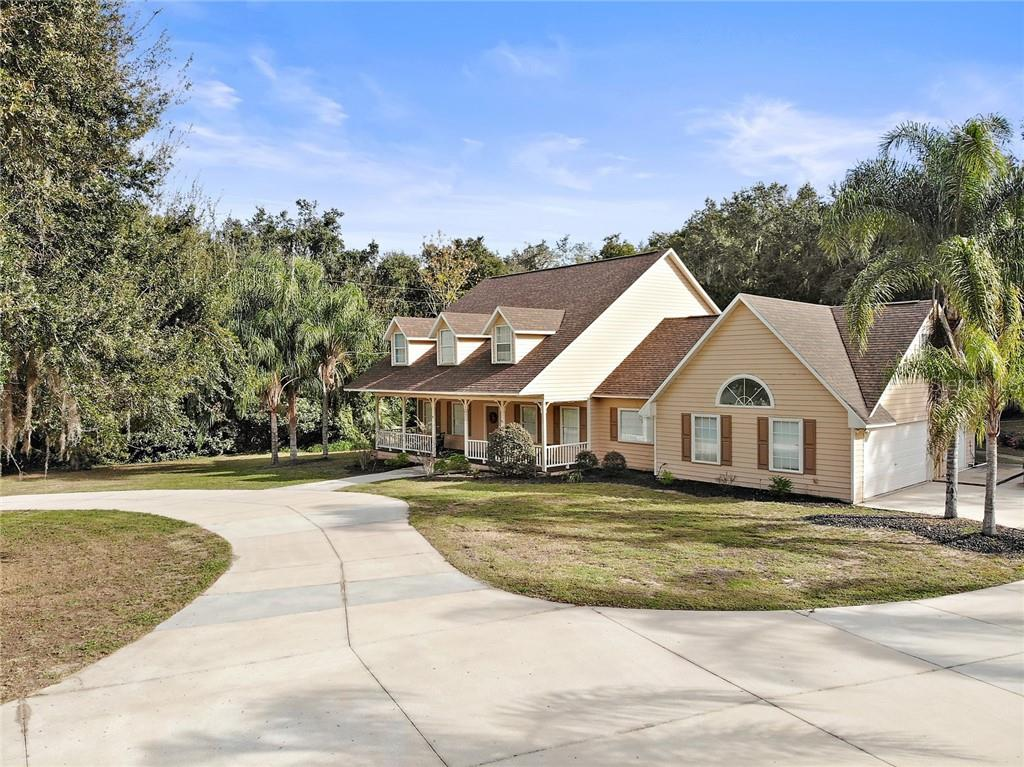 1025 SHORE ACRES DRIVE Property Photo - LEESBURG, FL real estate listing