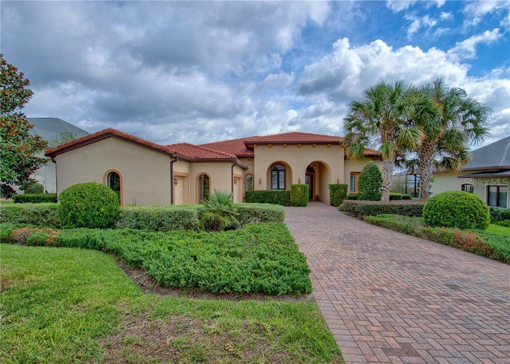 38716 OAK PLACE COURT, LADY LAKE, FL 32159 - LADY LAKE, FL real estate listing
