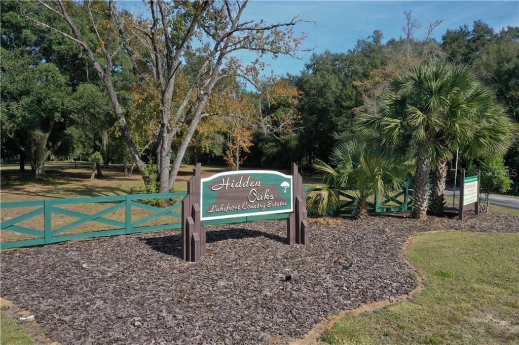 15735 SE 265TH COURT RD Property Photo - UMATILLA, FL real estate listing