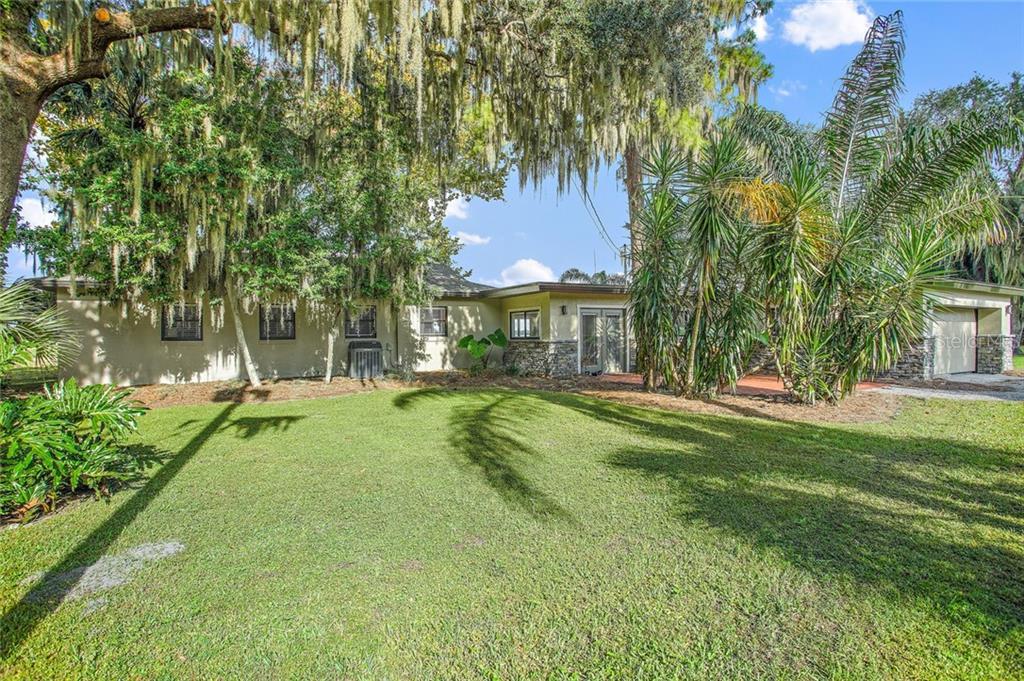 Property Photo - LEESBURG, FL real estate listing
