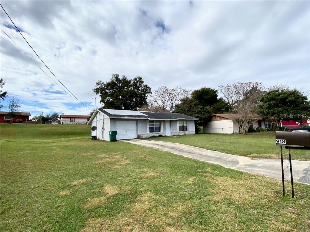 918 April Hills Boulevard Property Photo