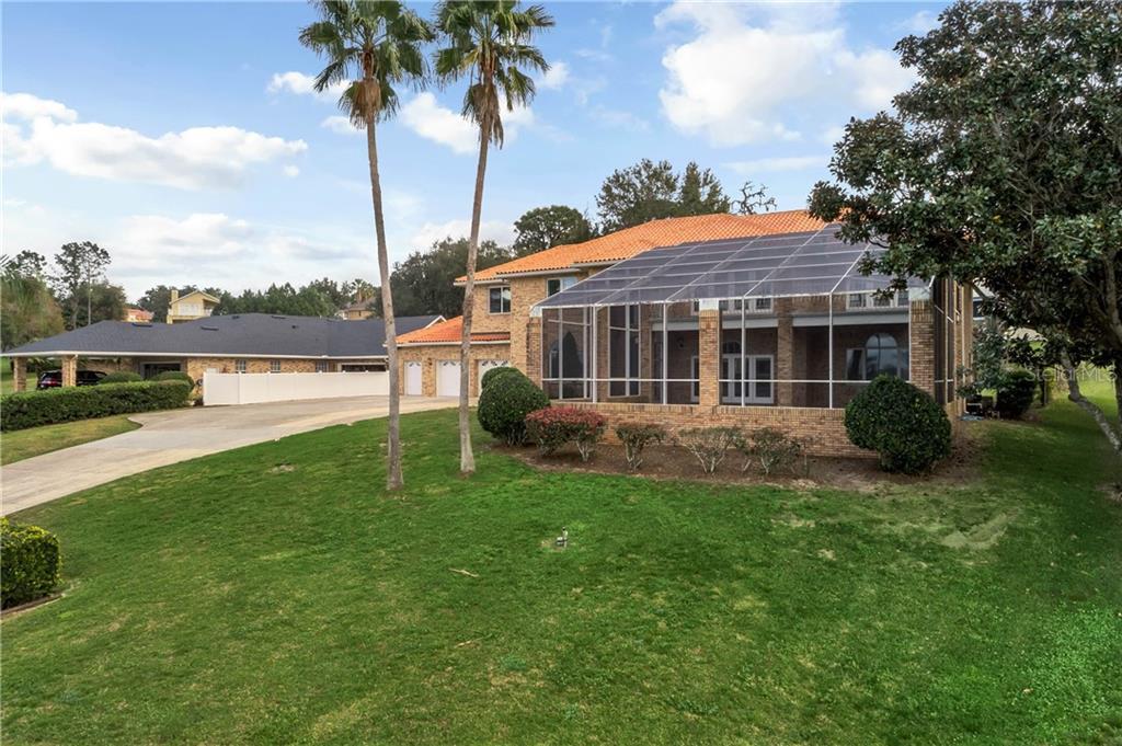 12028 Lakeshore Dr Property Photo
