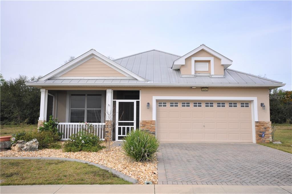 6342 SANDERS GROVE CIR Property Photo - OKAHUMPKA, FL real estate listing
