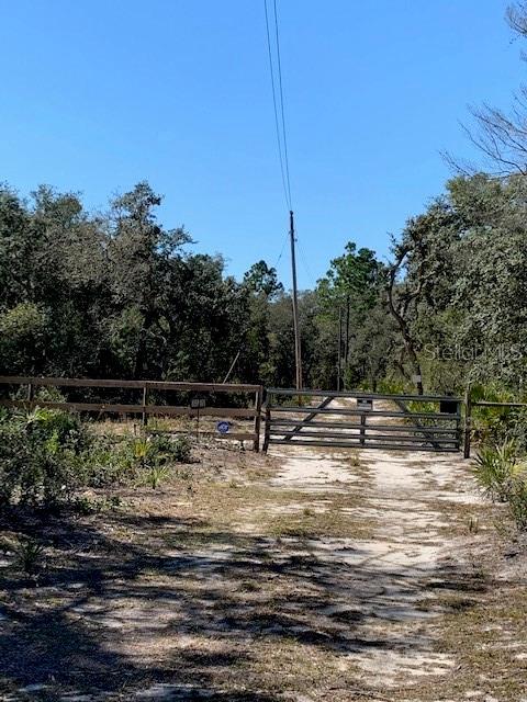 257TH CT Property Photo - UMATILLA, FL real estate listing