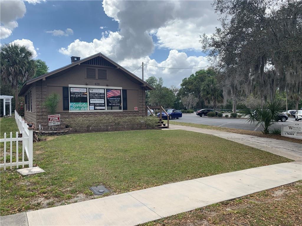 428 E 5TH AVENUE #B Property Photo - MOUNT DORA, FL real estate listing