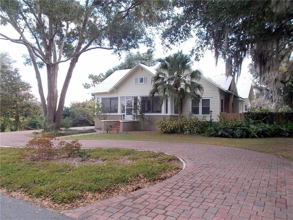 115 E PALMETTO AVE Property Photo - HOWEY IN THE HILLS, FL real estate listing