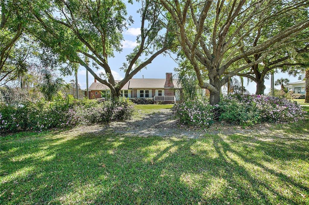173 S CENTRAL AVENUE Property Photo