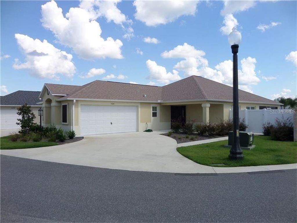 1104 BECKER AVE Property Photo - THE VILLAGES, FL real estate listing