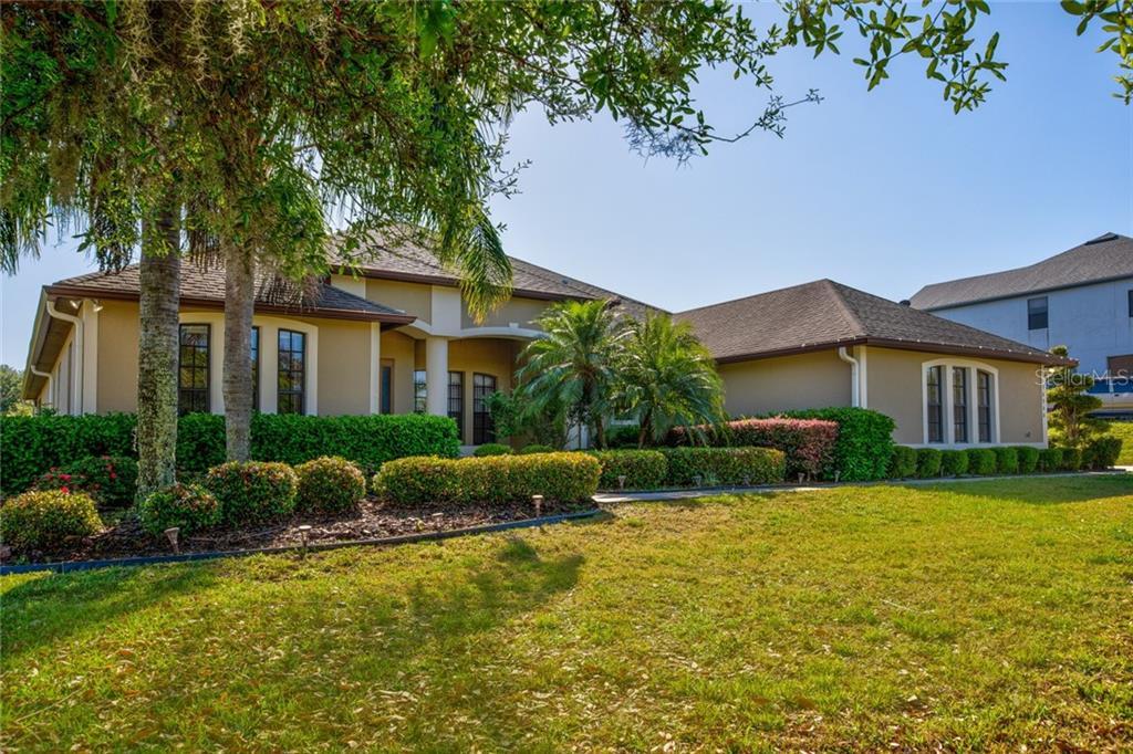 36900 Barrington Dr Property Photo