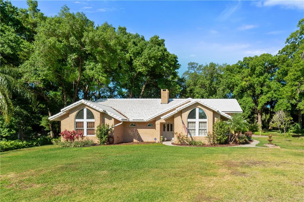 7273 CHESTERHILL CIR Property Photo - MOUNT DORA, FL real estate listing