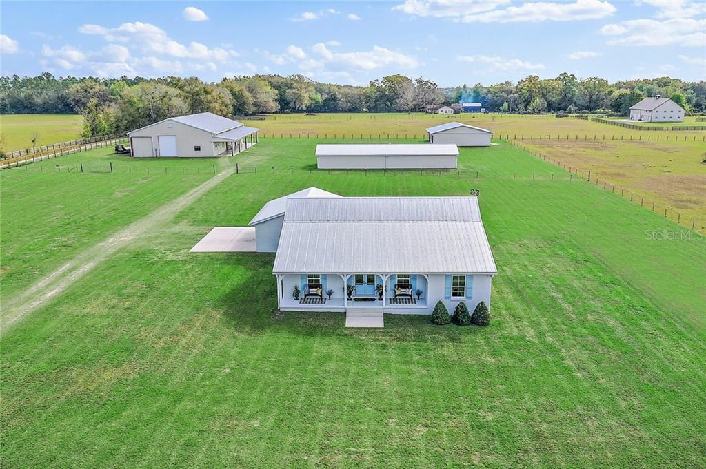 13729 COUNTY ROAD 103 Property Photo - OXFORD, FL real estate listing
