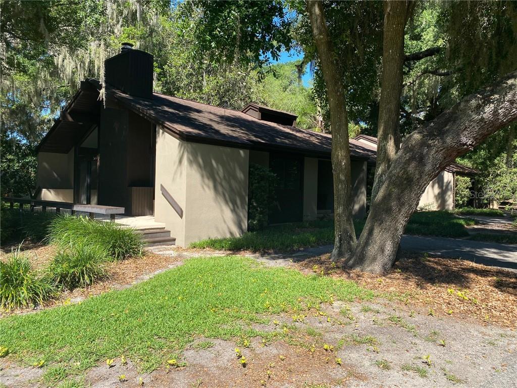 9229 SILVER LAKE DRIVE Property Photo - LEESBURG, FL real estate listing