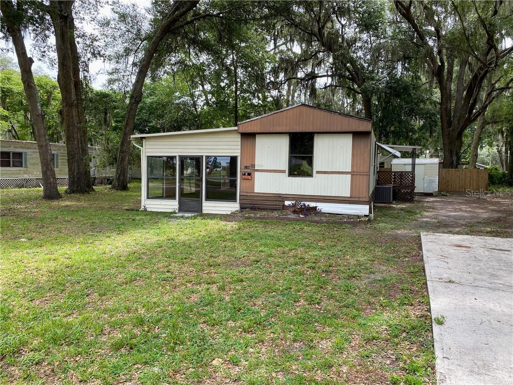 1099 CR 482C-1 Property Photo - LAKE PANASOFFKEE, FL real estate listing