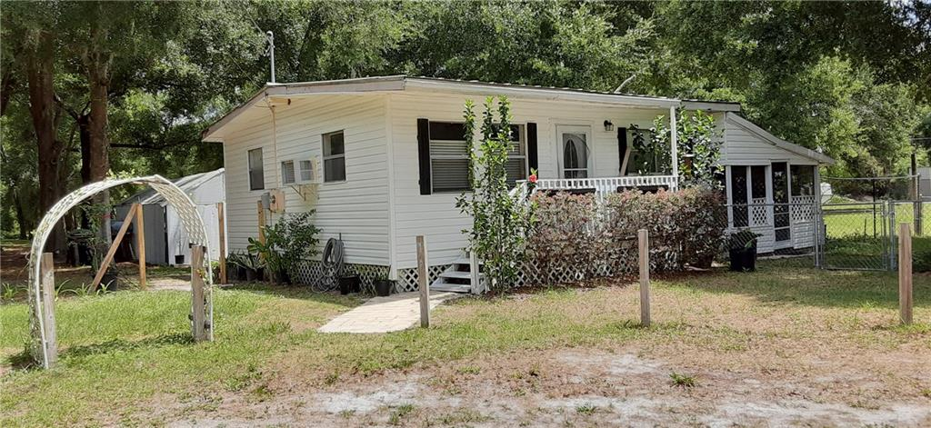 5400 County Road 503d Property Photo