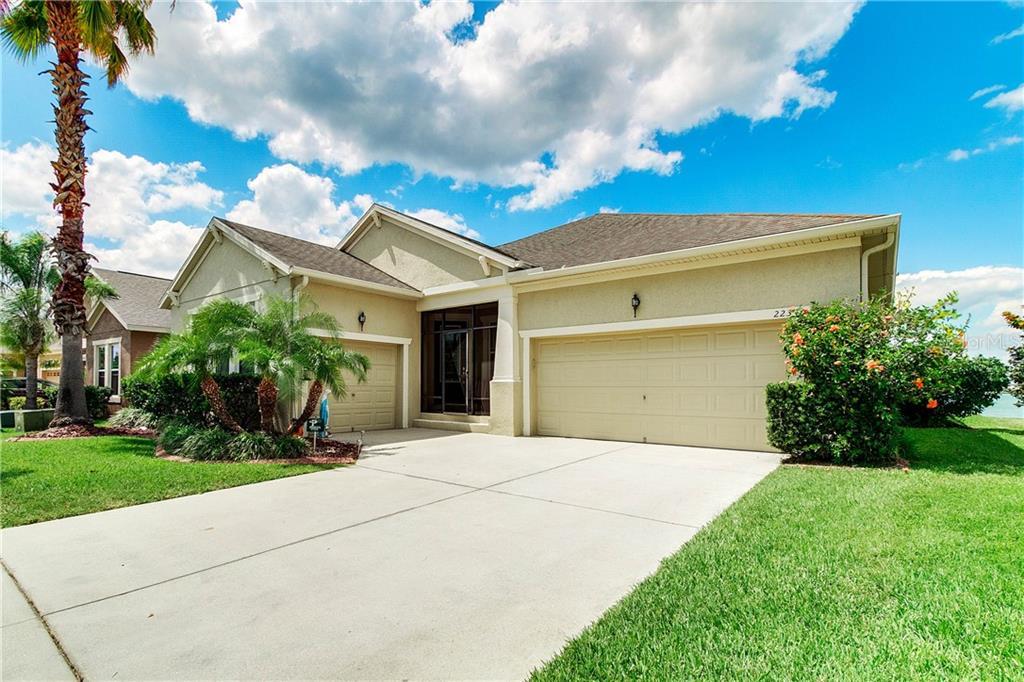 223 BLUE CYPRESS DR Property Photo - GROVELAND, FL real estate listing