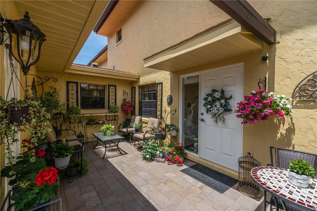 1111 LAKESHORE DR #B1 Property Photo - EUSTIS, FL real estate listing