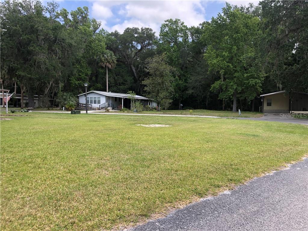 18 CANAL CT Property Photo - LAKE PANASOFFKEE, FL real estate listing
