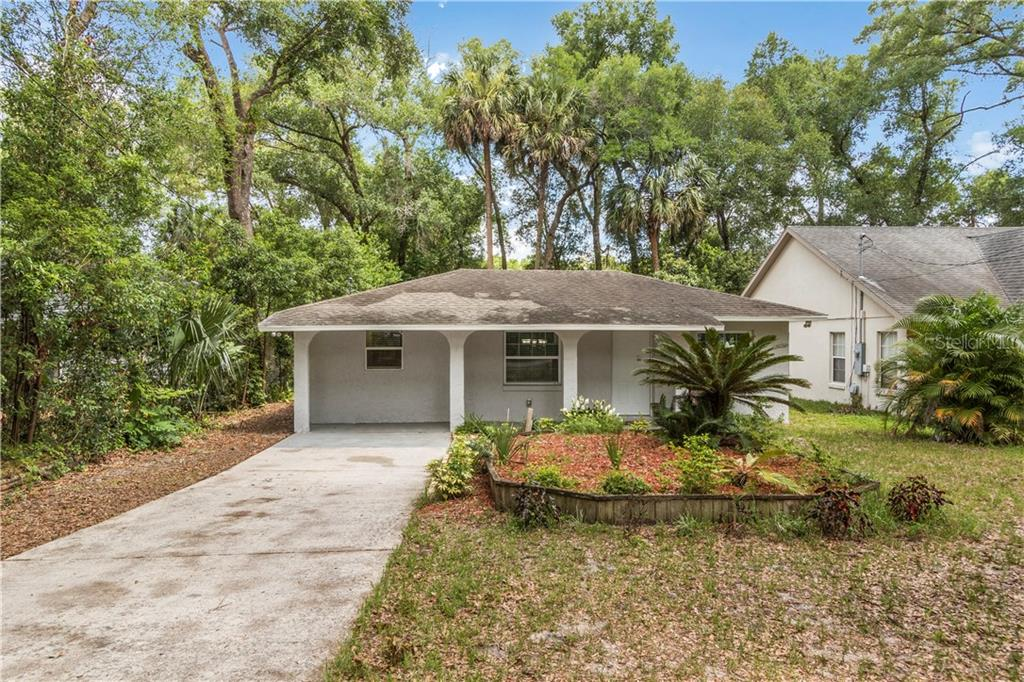 25341 SAINT ANNE ST Property Photo - MOUNT PLYMOUTH, FL real estate listing