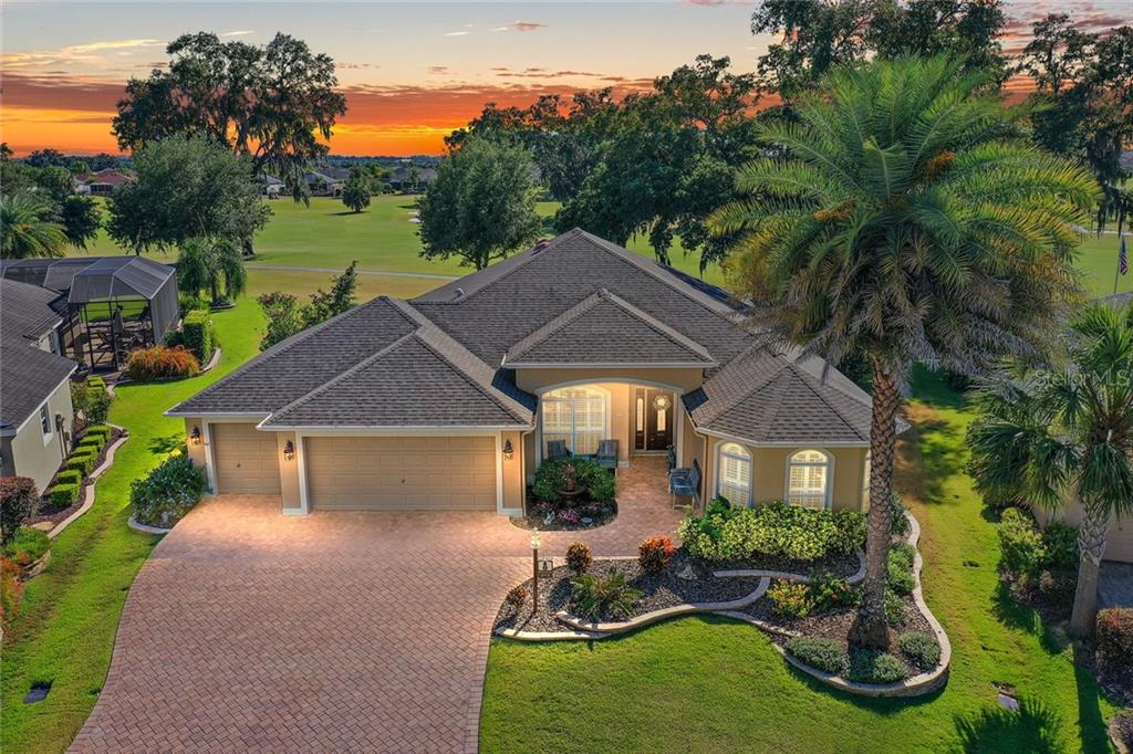 3173 KILLINGTON LOOP Property Photo - THE VILLAGES, FL real estate listing