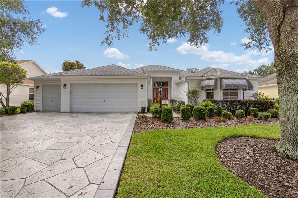 7807 SE 168TH LONE OAK LOOP Property Photo - THE VILLAGES, FL real estate listing
