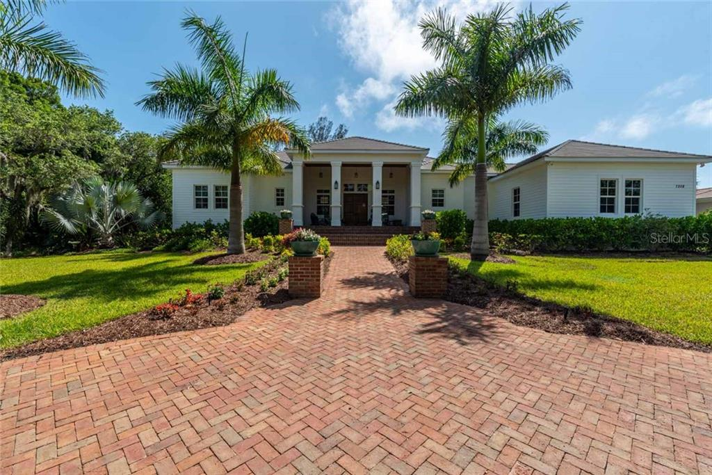 7208 MELALEUCA WAY Property Photo - SARASOTA, FL real estate listing