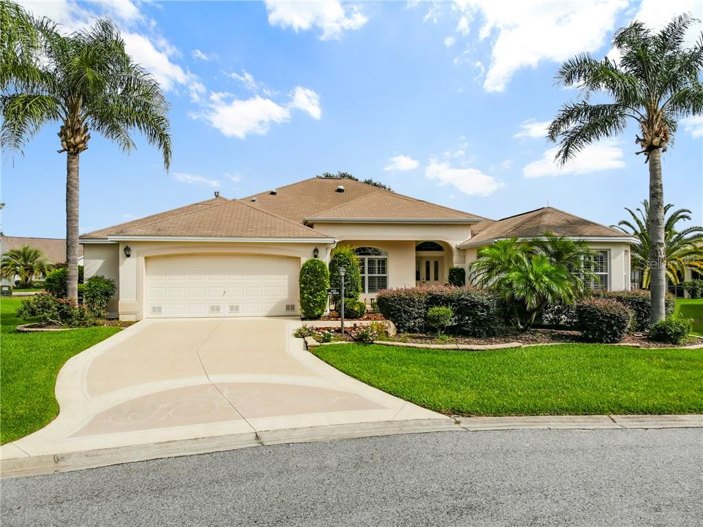 1703 SHELBURNE LN Property Photo - THE VILLAGES, FL real estate listing