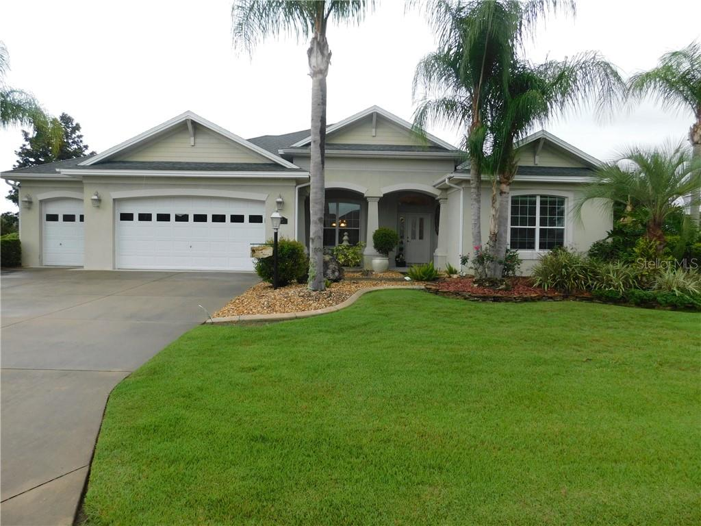 1296 BLEASE LOOP Property Photo - THE VILLAGES, FL real estate listing
