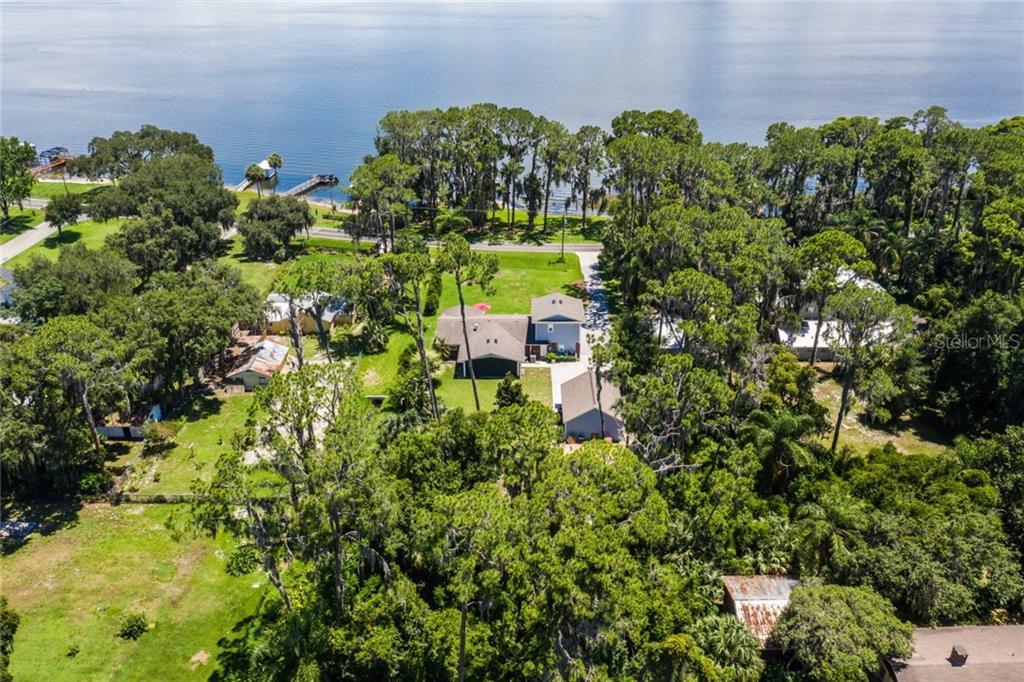 4405 Lakeshore Dr Property Photo