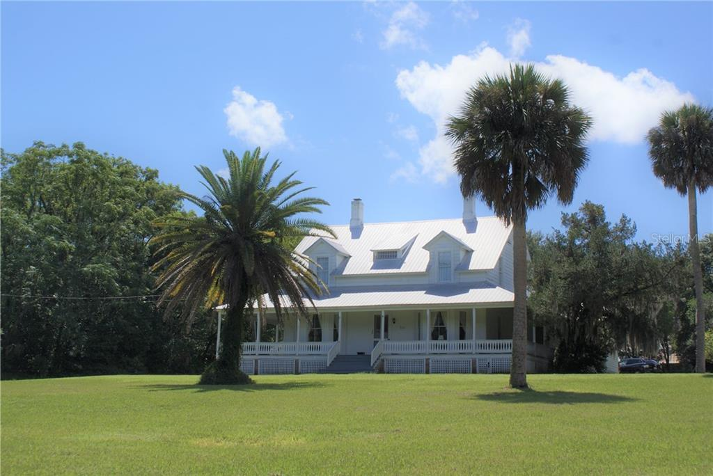 511 E MIRROR LAKE DR Property Photo - FRUITLAND PARK, FL real estate listing