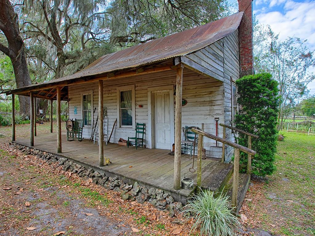 410 W Jefferson St Property Photo
