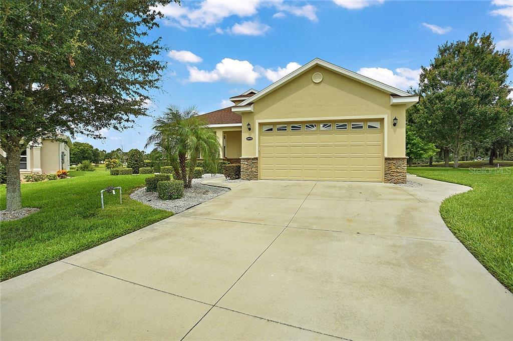26927 CAMERONS RUN Property Photo - LEESBURG, FL real estate listing