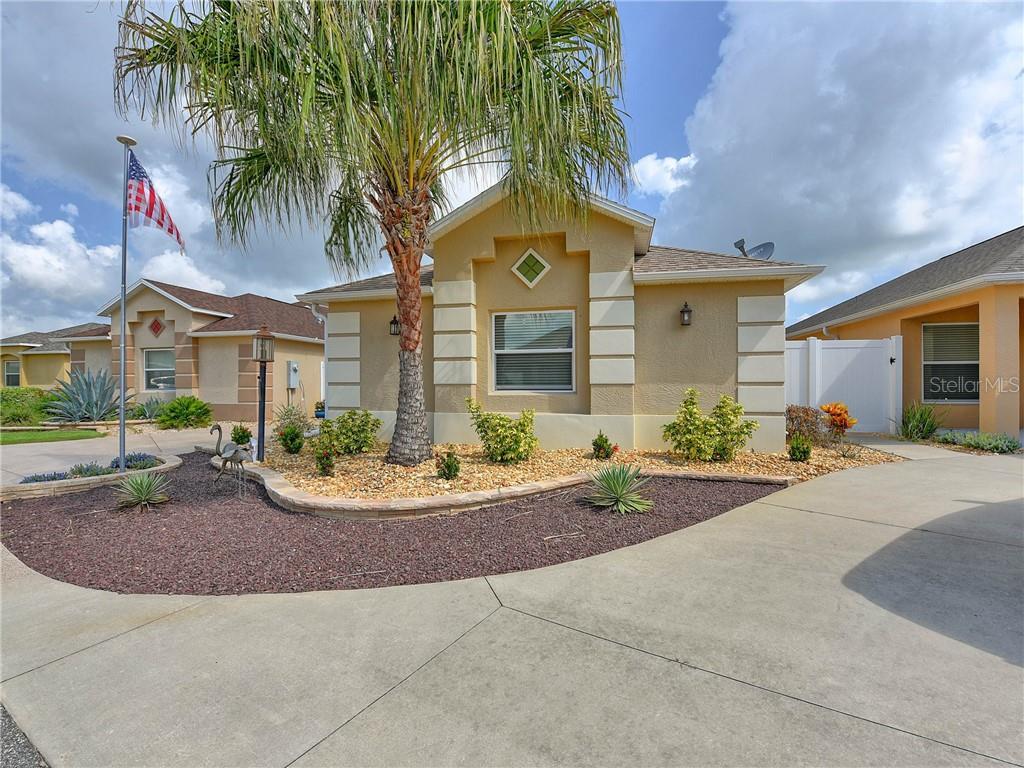 1071 CARVER CT Property Photo - THE VILLAGES, FL real estate listing